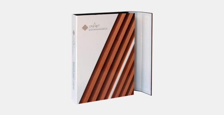 מארז דוגמאות ממותג בהתאמה אישית מקרטון קשיח דחוס עם מסגרות צורניות להצגת 24 פרופילי עץ, סגירת מגנטים